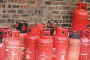 Propane Tanks Picture By bob the lomond on Flickr original at http://www.flickr.com/photos/bobthelomond/2079340786/